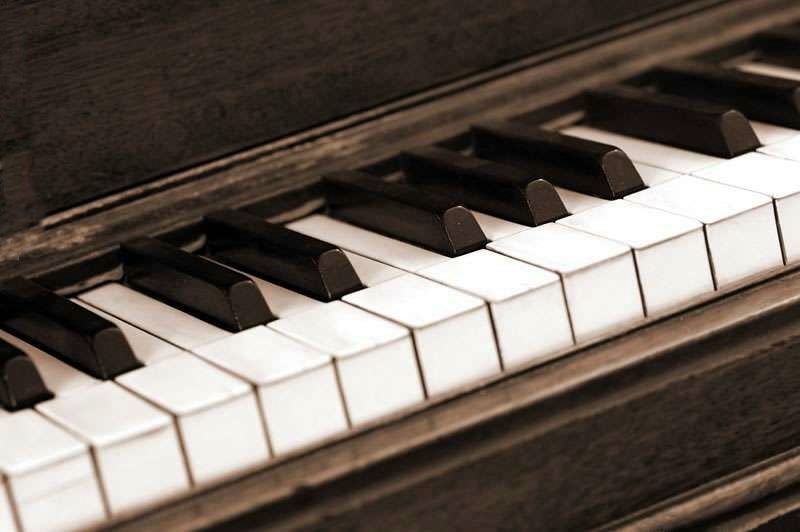 cool songs to play on piano